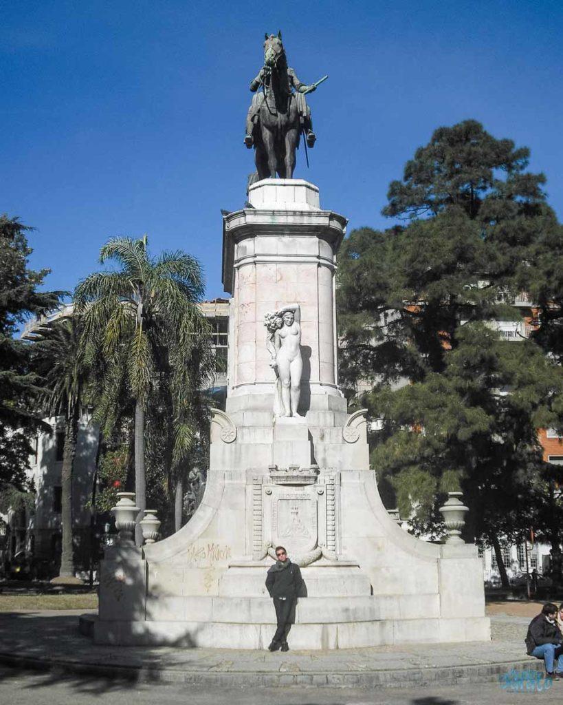 Praça Zabala em Montevidéu