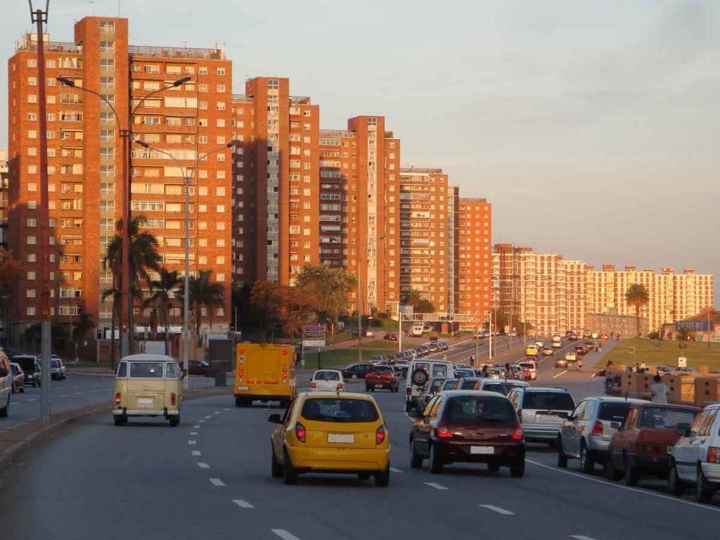 Rambla em Punta Carretas em Montevidéu