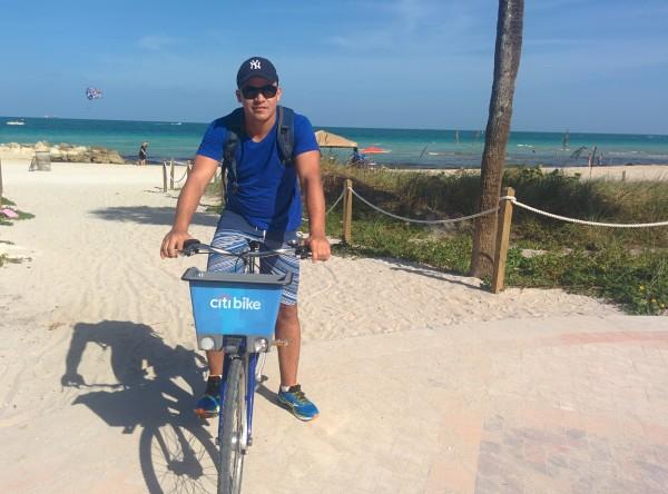 Pedalando pela Orla de Miami Beach