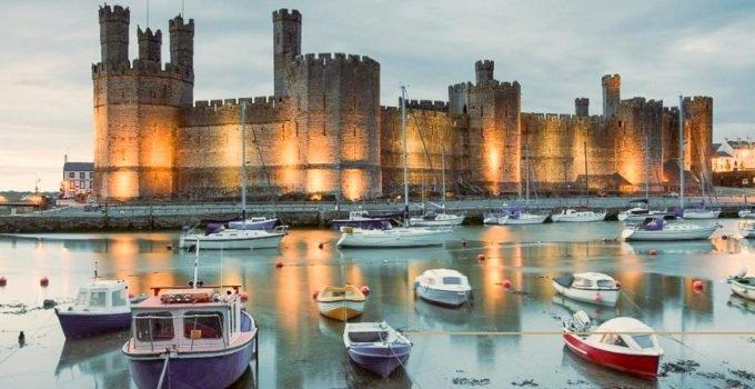 Castelo de Caernarfon no País de Gales