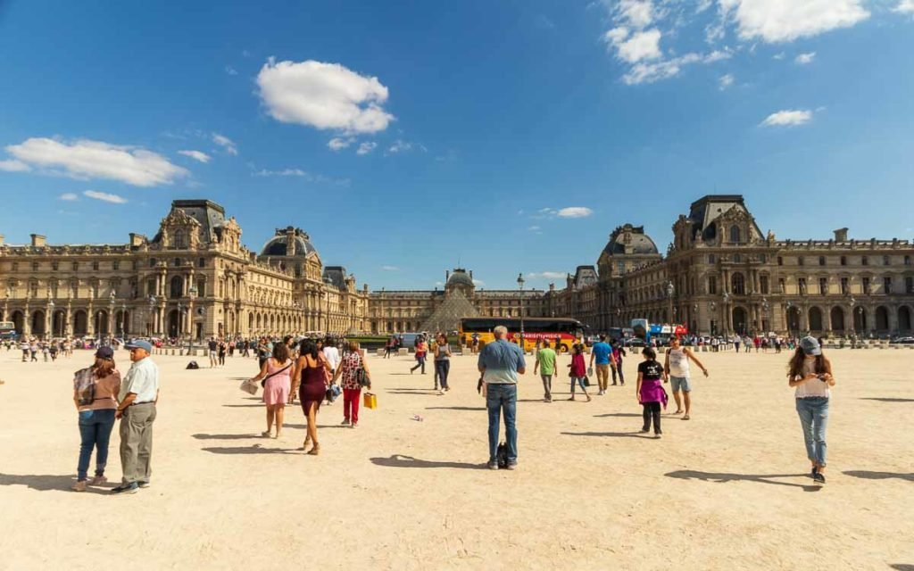 Museu do Louvre em Paris.