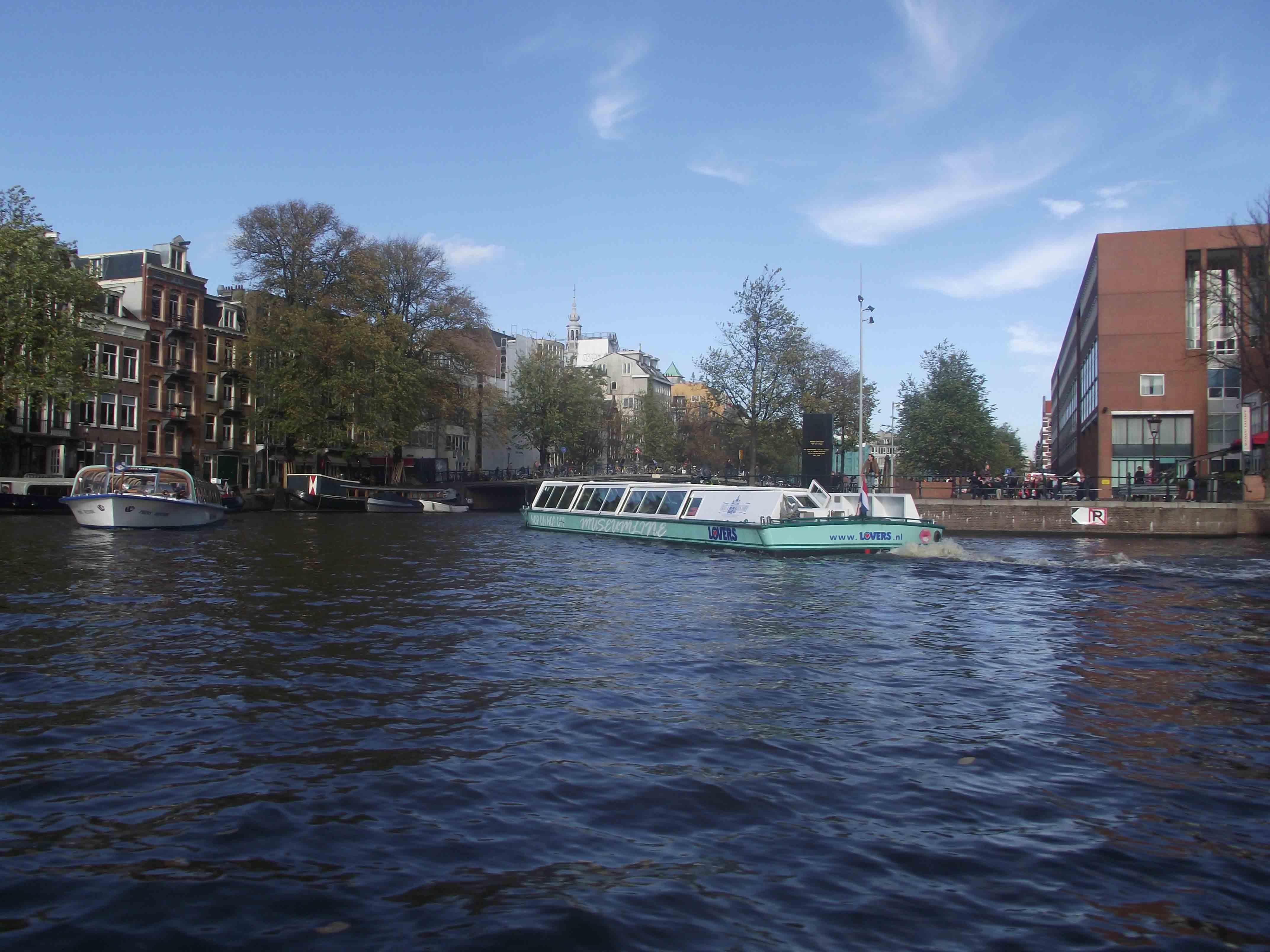 Barco canais Amsterdam