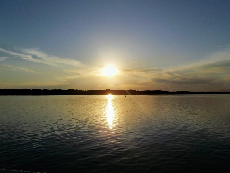 Passeio de Kattamaram no Lago de Itaipu.