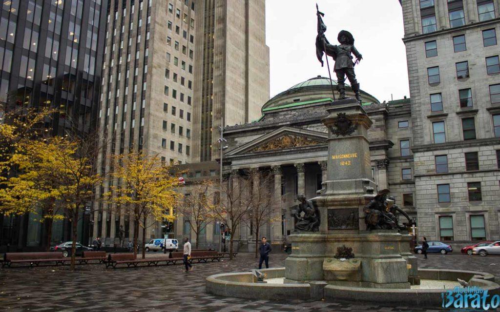 Praça das Armas, Montreal
