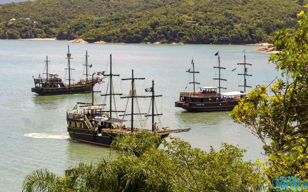 Passeio de barco em Florinópolis