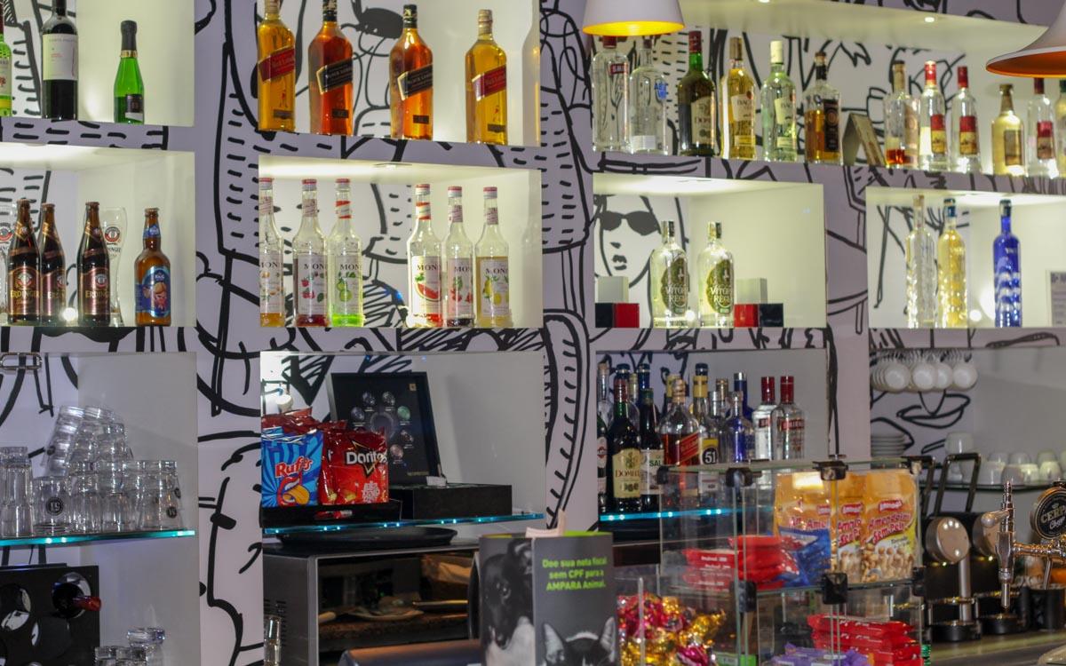 Bar do hotel Ibis Paulista