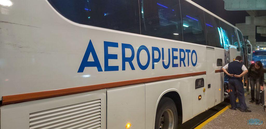 Ônibus aeroporto Santiago