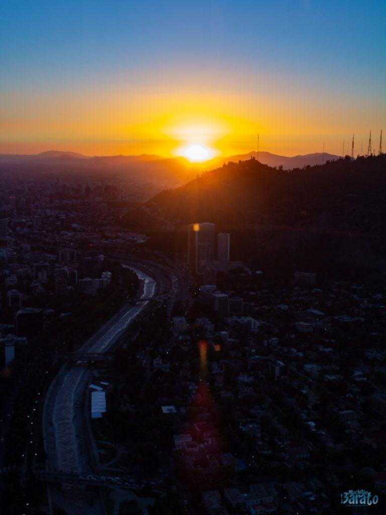Pôr do Sol, Sky Costanera em Santiago