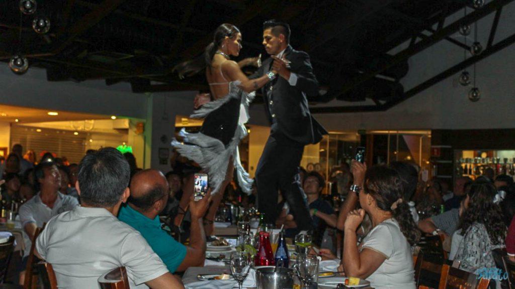 jantar show na Rafain Churrascaria