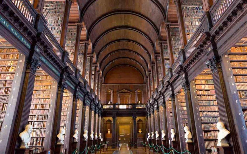 Trinity College Library em Dublin