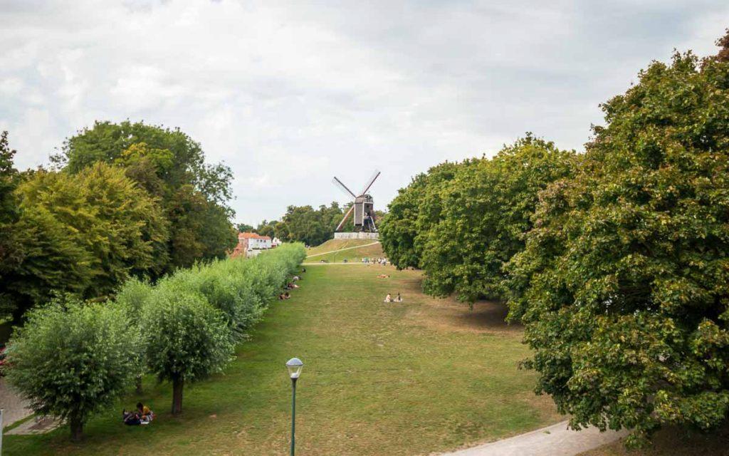 Moinhos de vento em Bruges