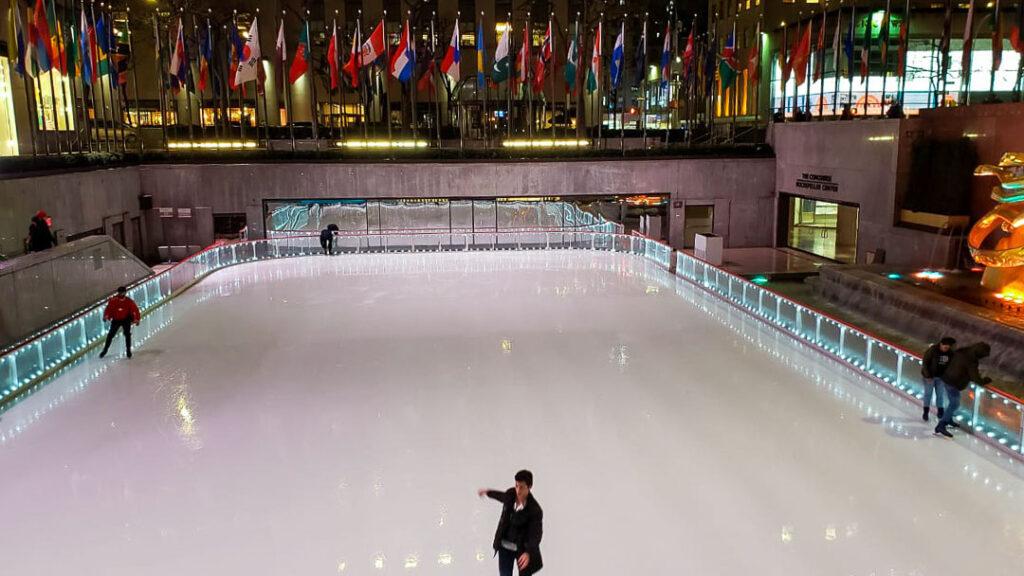 Pista de patinação no Rockefeller Center