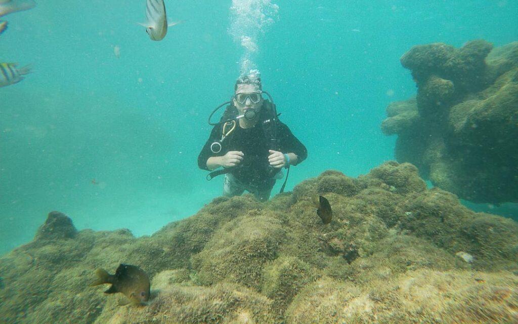 Mergulho com cilindro em Porto de Galinhas.