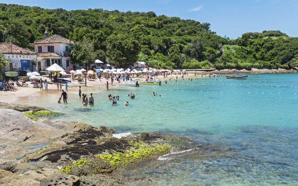 Praias Azeda e Azedinha
